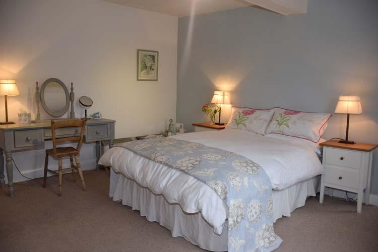 Nottingham B&B Primrose House Pink room